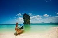 コロン島はフィリピンの秘境!行き方や人気観光スポットを紹介