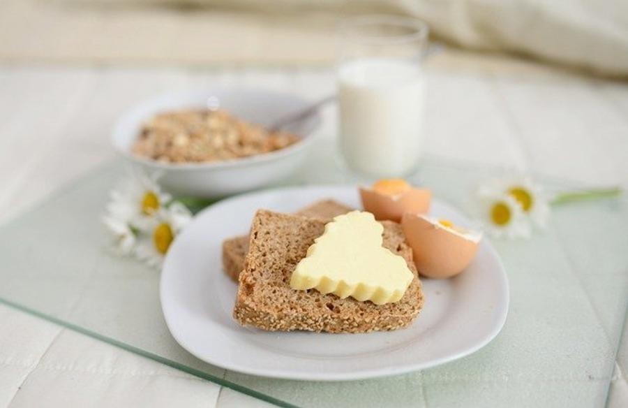 ファミレスのモーニング人気ランキング!安い朝食バイキングも紹介