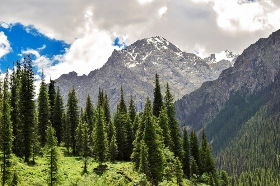 アルマトイ観光のおすすめスポット!カザフスタン中心地の魅力を紹介