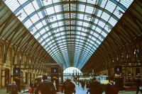 キングスクロス駅はハリーポッターで有名!9と4/3番線への行き方を紹介
