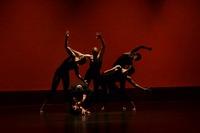 コサックダンスはウクライナの伝統舞踊!踊り方・音楽・衣装も紹介
