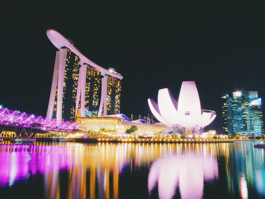 マリーナベイサンズ(シンガポール)の屋上プールについて紹介!