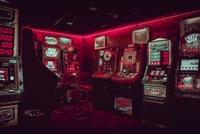 グアムにカジノはない?夜遊びにおすすめのギャンブルができるスポットを紹介