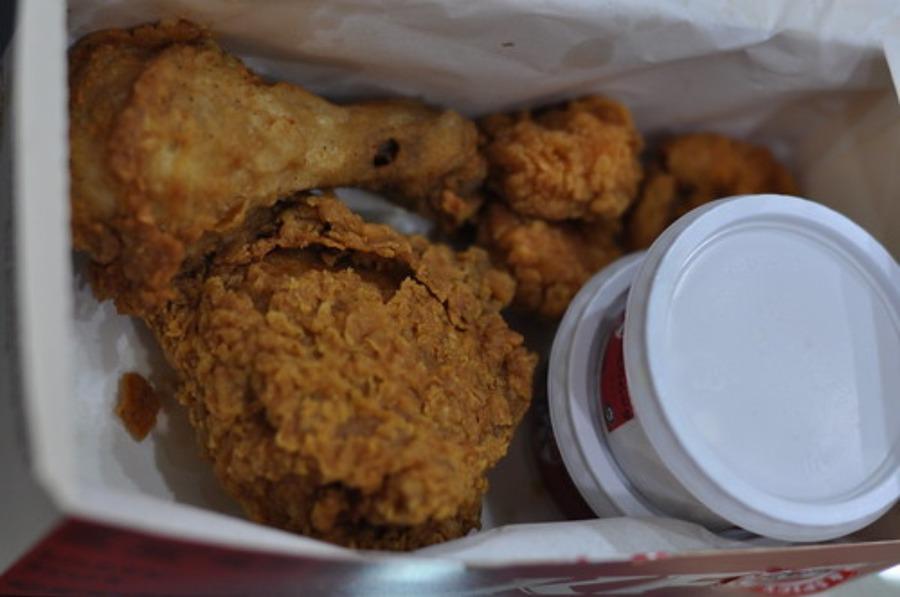 KFCレストランでケンタッキー食べ放題!メニューや店舗を紹介