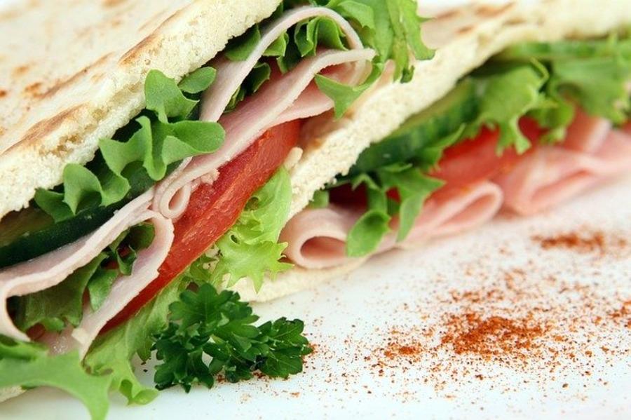 コストコのサンドイッチ!商品の値段やサンドイッチにおすすめのパンも紹介