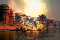 ベナレス(バラナシ)観光の見どころ!インドの聖地への行き方など