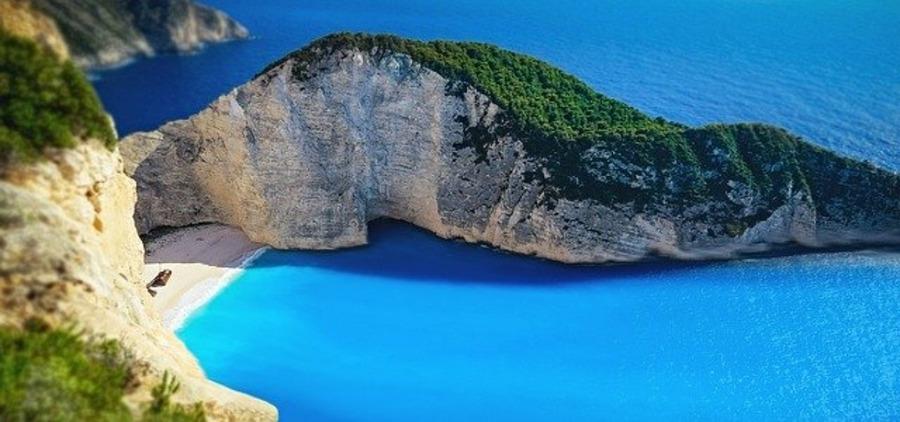 ザキントス島のおすすめ観光スポット!ホテルや行き方も紹介