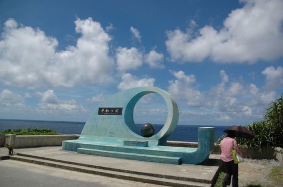 喜屋武岬は沖縄の心霊スポット!自決の歴史・ダイビングや行き方も紹介