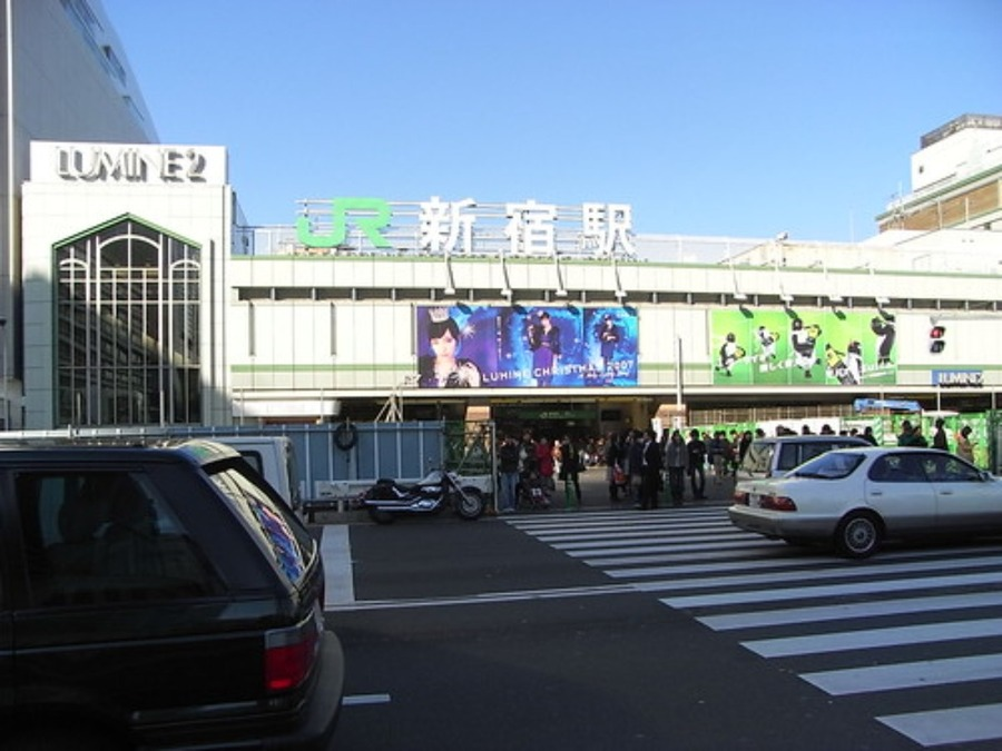 新宿でおすすめの古着屋!安いブランド古着やメンズ・レディースのお店も紹介