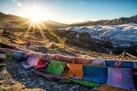 カイラス山はチベットの聖地!聖地巡礼やピラミッドの噂についても紹介
