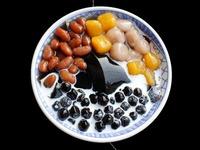 仙草ゼリーの効能や味は?台湾の人気店や日本で食べられるお店も紹介