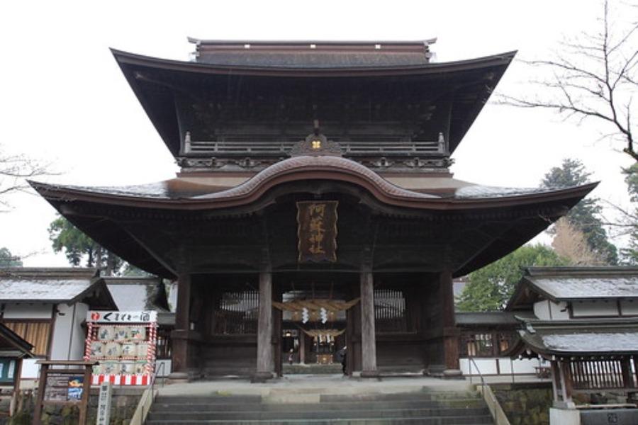 阿蘇神社のお守りとご利益!熊本のパワースポットで縁結び祈願をしよう