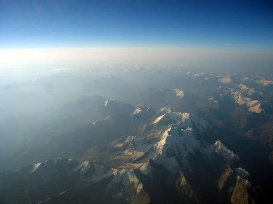 天山山脈はシルクロードの交易路!中国からキルギスへの旅ルートを紹介