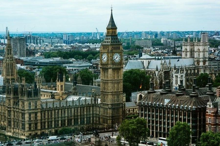 イギリス・ロンドンのパディントン駅の乗り換え方法や構内のショップを紹介