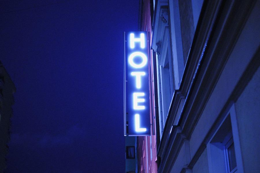 カプセルホテルの値段の相場は?東京にある格安カプセルホテルも紹介