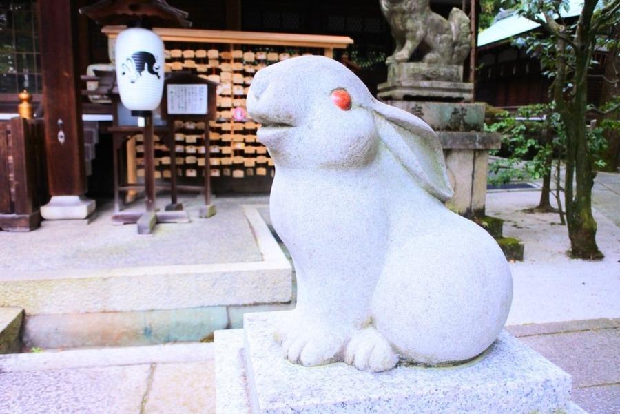 うさぎ神社と呼ばれる京都の岡崎神社!子授けや安産などご利益も紹介
