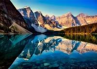 モレーン湖はカナダの世界遺産!行き方・楽しみ方・ベストシーズンを紹介