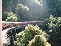 キュランダ鉄道はケアンズ旅行におすすめ!予約・時刻表・料金を紹介