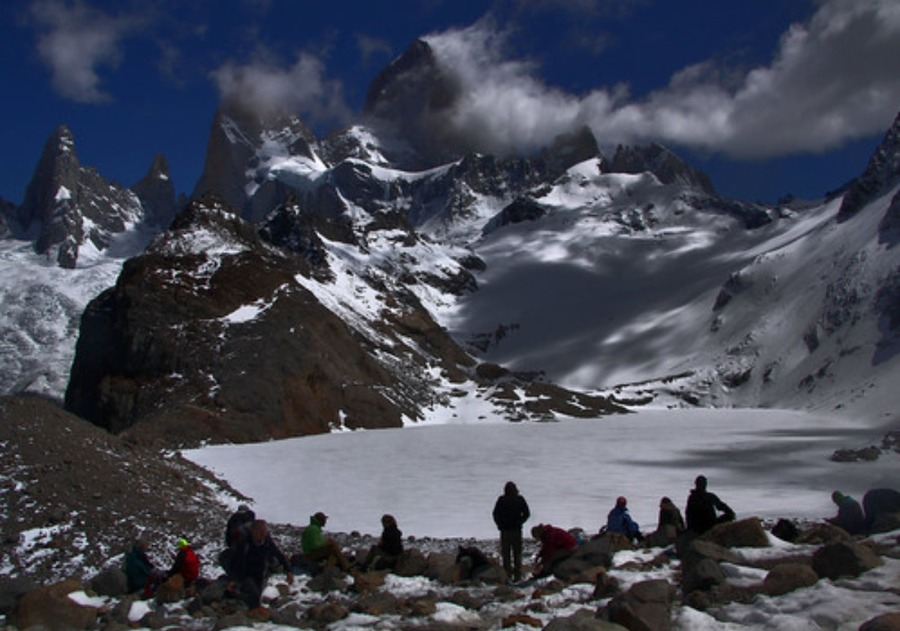 フィッツロイ山(アルゼンチン・パタゴニア)でトレッキング!絶景スポットも
