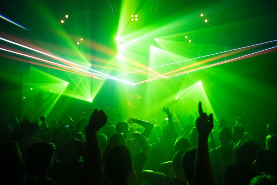 グアムのクラブで夜遊びしよう!おすすめや服装・注意点を紹介
