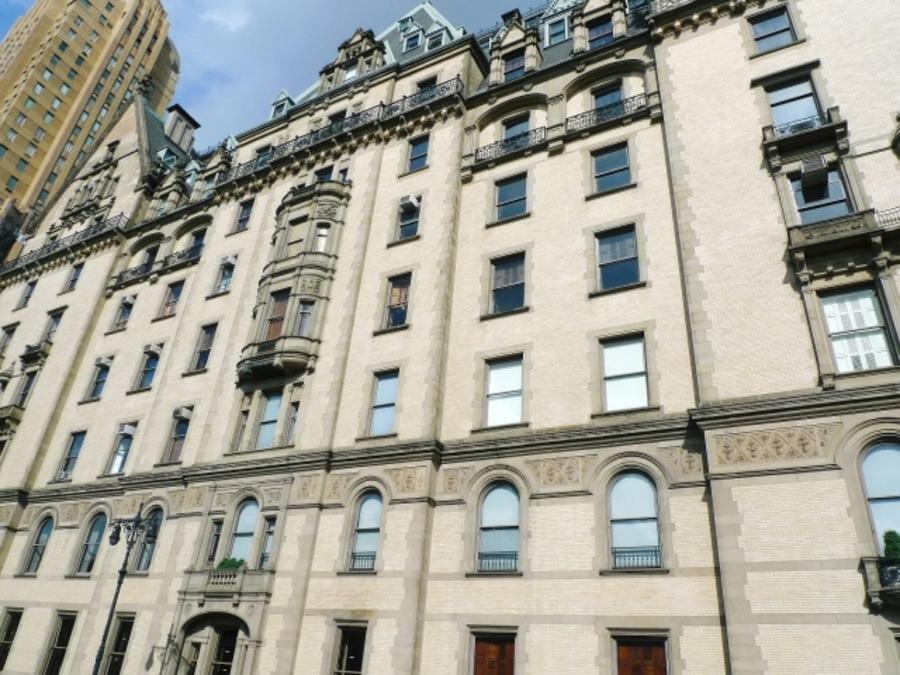 ダコタ・ハウスの住民にジョン・レノンも!ニューヨークの高級アパートを紹介
