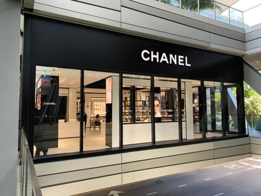 ハワイではブランド品が安く買える!化粧品やメンズブランドも紹介!