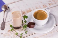 ロージナ茶房(国立)はレトロな老舗喫茶店!人気のカレーやパフェなど