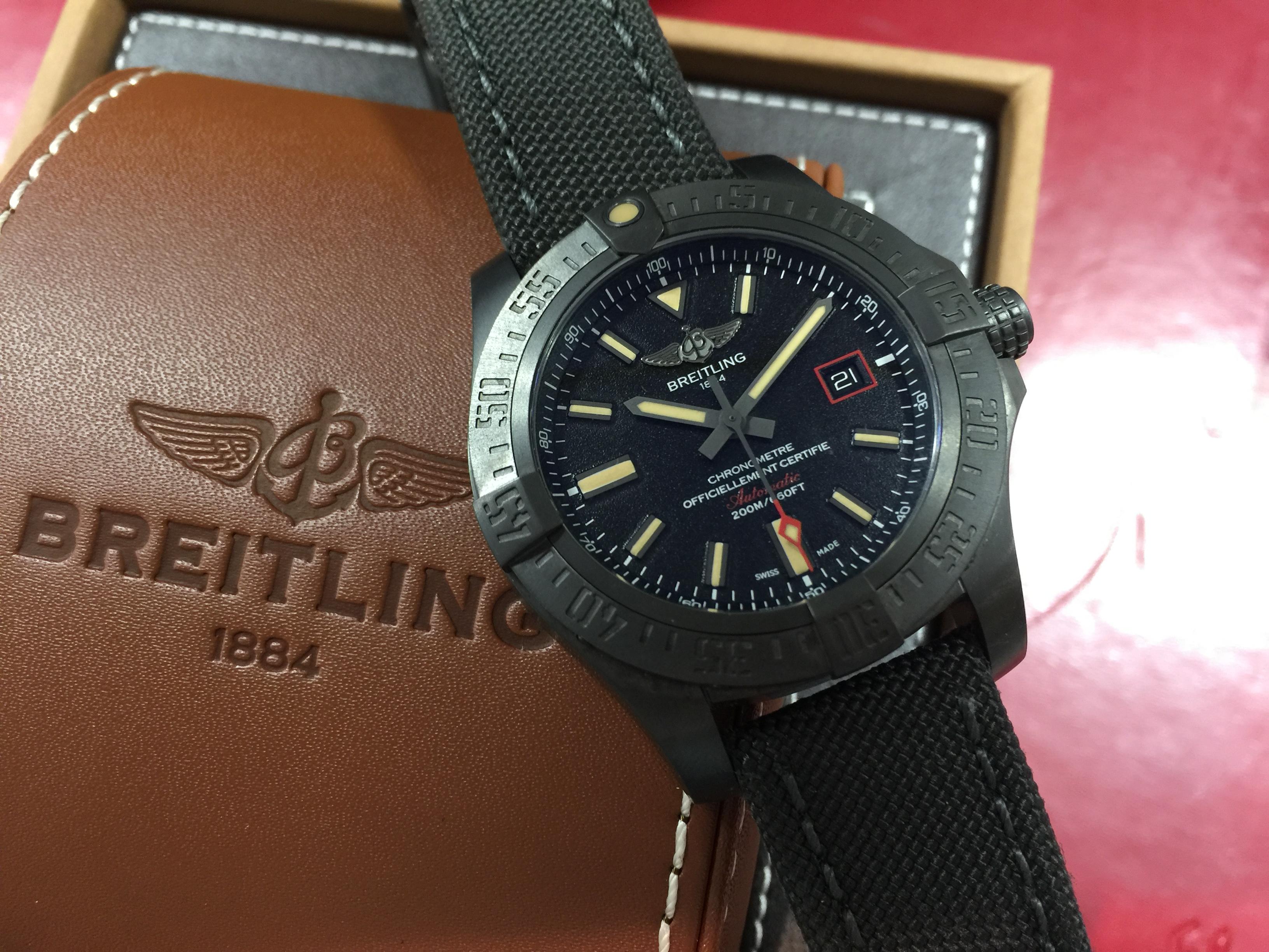 huge discount aebab fe9f8 ブライトリング BREITLING アベンジャーブラックバード V17311 ...