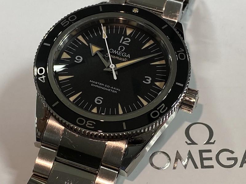 オメガ OMEGA シーマスター300 233.30.41.21.01.001