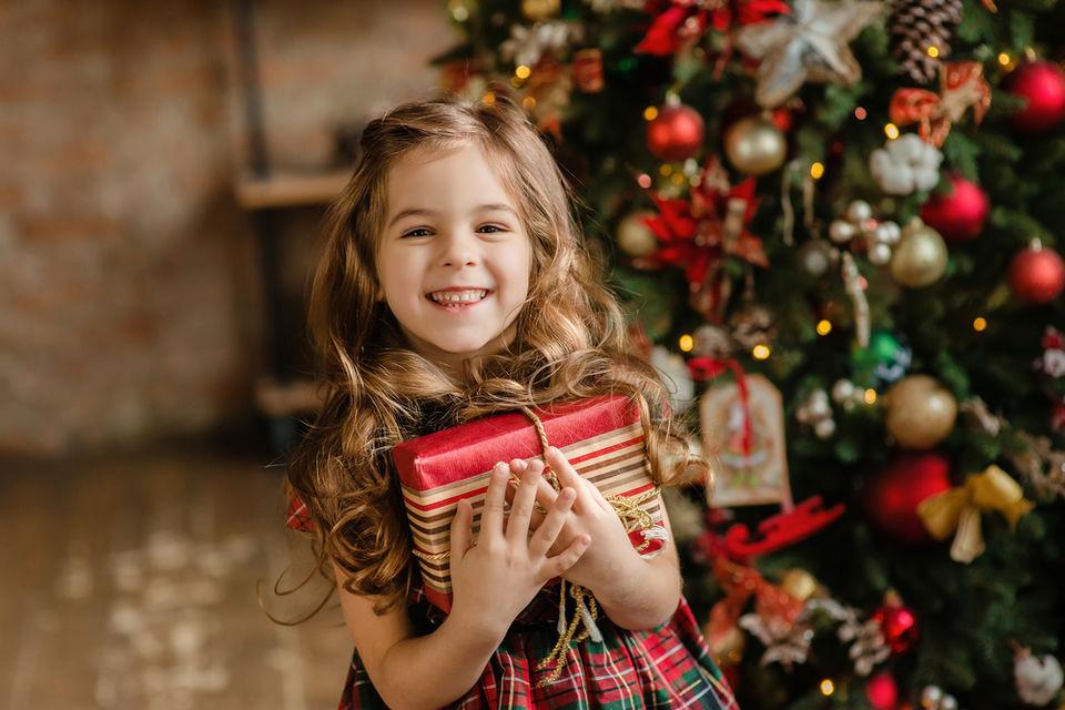 家族で素敵なクリスマスを!プレゼントと一緒に贈るのにぴったりのダンスをご紹介?