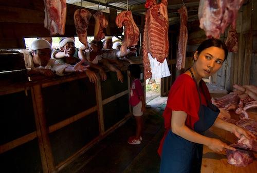 山城知佳子《肉屋の女》2012