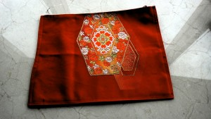 9,赤織模様綴れ帯