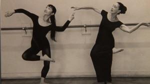 06 ダンス稽古 アキコとマーサ