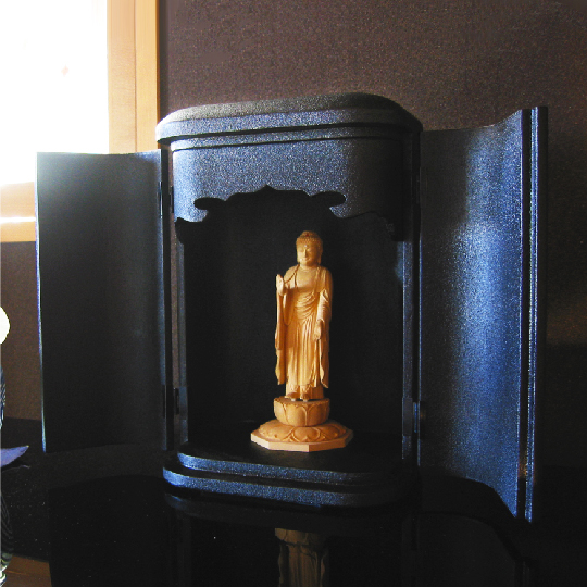 厨子仏壇 日輪(黒蒔き地漆塗り)03