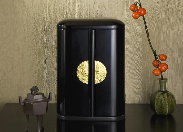 厨子仏壇「日輪(にちりん)」黒 特徴