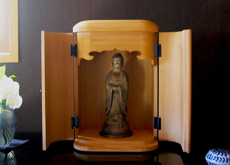 厨子仏壇「日輪(にちりん)」杉柾 白木 特徴