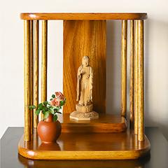 祈り壇 光り 茶拭き