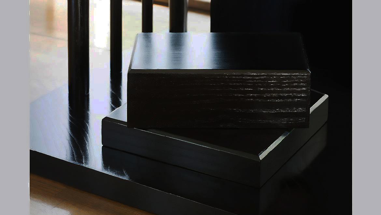 祈り壇「響き(ひびき)」黒拭き