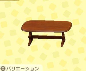 アンティークなテーブル