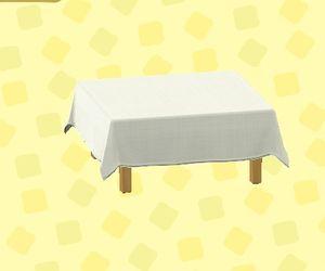 クロスつきテーブル