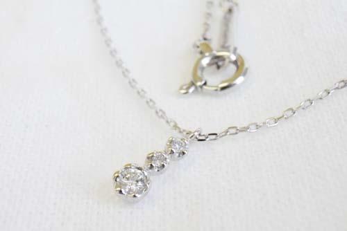 K10WG  ダイヤモンド(3pcs)ネックレス