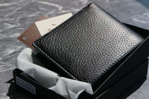 【NERO】二つ折り財布(小銭入れ付き)(ブラック)