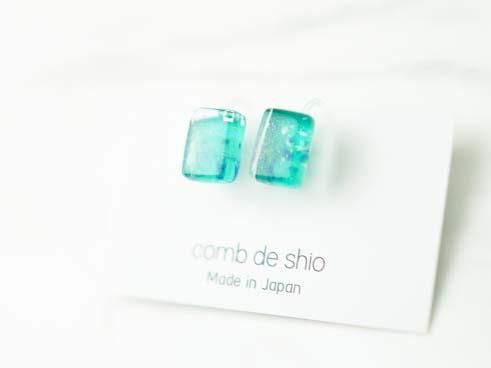 【comb de shio】イヤリング