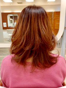 イエロー・オレンジのカラーのヘアカタログ・ヘアスタイル・髪型のイメージ・テイスト画像