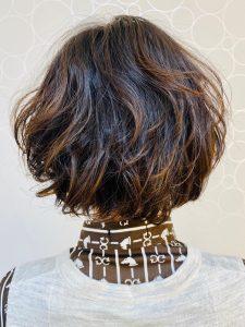 40代の年代のヘアカタログ・ヘアスタイル・髪型のイメージ・テイスト画像