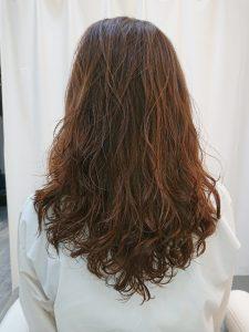 ロングのレングスのヘアカタログ・ヘアスタイル・髪型のイメージ・テイスト画像