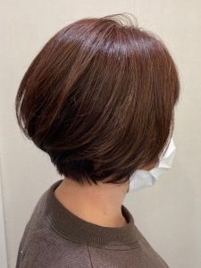 ボブ・ショートボブのスタイルのヘアカタログ・ヘアスタイル・髪型のイメージ・テイスト画像