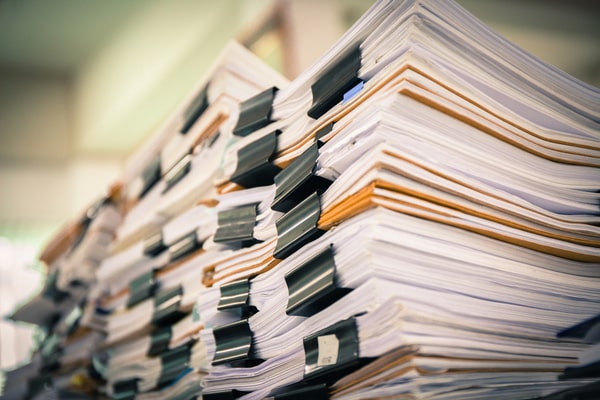 事務仕事・バックオフィス業務を効率化して保育の時間と質を高めよう