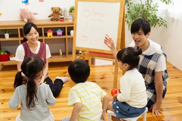 保育指導案の書き方は?5歳ゲーム・4歳ごっこ遊び・3歳製作などの実例も紹介