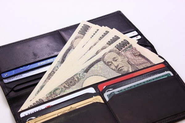 介護施設に入居したら、お財布の管理はどうしたらいいの?